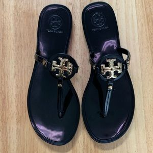 Tory Burch Mini Miller Gloss Rubber Thong Sandals